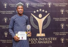 The General Manager of the Bessfa Rural Bank Ltd, Alhaji Hayatudeen Awudu Ibrahim, with the Most Respected CEO Award in the Regional Category (Upper East)