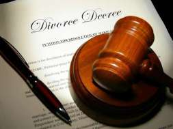 Divorce-Papers