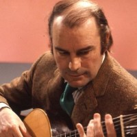 Classical guitarist Julian Bream dies at 87