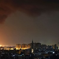 Unprecedented rocket attack by Hamas in Tel Aviv