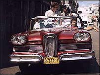 Gladis y Erik se casan en La Habana.