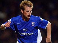 Alan Mahon spillede i slutningen af 2003 12 kampe for Town.