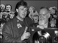 Happier times for Peter Blake, with Paul McCartney