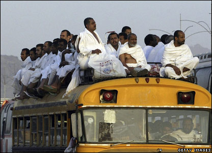 Muslims arrive at Mt Arafat during the Hajj