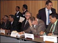 Delegates at Sri Lankan peace talks in Geneva