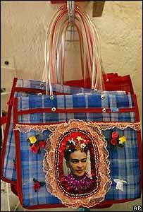 Cartera con imagen de Frida Khalo