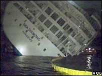 The ship sank 15 hours after it ran aground on rocks