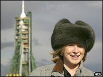 Martha Stewart acompañó a Simonyi hasta Kasajstán pero solo pudo hablar con él a través de un vidrio
