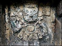 La civilización azteca fue conquistada por los españoles.