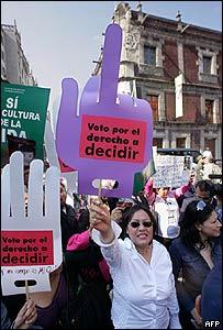 """""""por el derecho a decidir"""""""