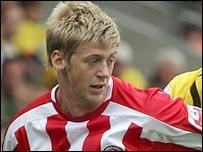 Town hentede i dag den 25-årige Stead på lån i Sheffield United.