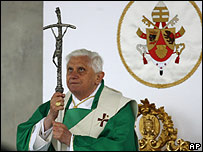 Pope Benedict XVI at mass in Naples