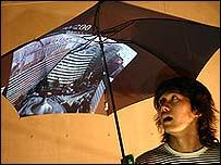 El paraguas Pileus permite navegación en 3D por el sitio en Internet Google Earth.