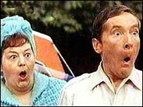 Hattie Jacques and Kenneth Williams in Carry On Camping