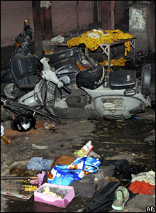 The aftermath of the bombings in Jaipur (13 May 2008)