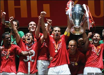 Man Utd celebrate victory