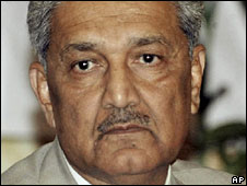 Disgraced Pakistani nuclear scientist AQ Khan (undated file photo)