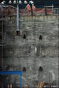 """Obreros trabajan en la reconstrucción en la """"zona cero"""", Nueva York, Getty Images"""