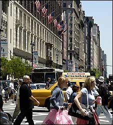 Manhattan street scene - file image