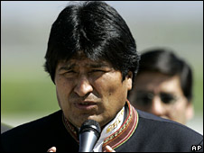 President Evo Morales speaks on arrival at Santiago airport on 15 September 2008