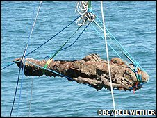 Cannon lifted from sea bed (BBC/Bellwether)