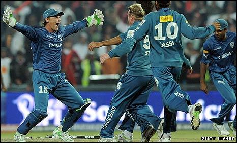 Skipper Adam Gilchrist celebrates victory with his Deccan teammates