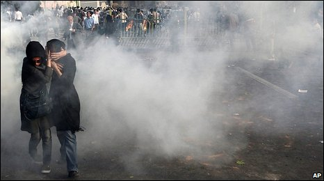 Tear gas on the streets of Tehran (20 June)