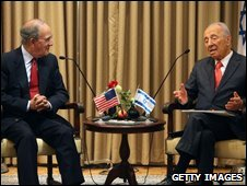 George Mitchell and Israeli President Shimon Peres, 13-09-09