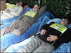 People on hunger strike