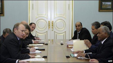 Vladimir Putin (left) faces Libya's Abu Bakr Yunis Jaber at talks in Moscow, 29 January