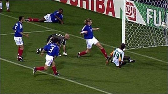 Image result for senegal vs france 2002