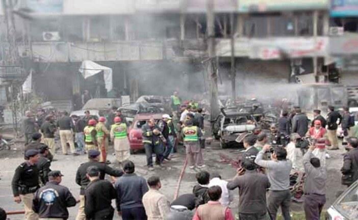 लाहौर आत्मघाती हमले में शामिल 10 आतंकी मारे गए