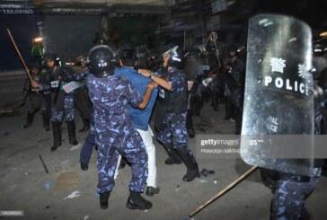 वतन लौट रहे नागरिकों पर नेपाल पुलिस ने किया लाठीचार्ज, सख्ती के चलते किसी भी नागरिक को नेपाल में प्रवेश नहीं मिल सका