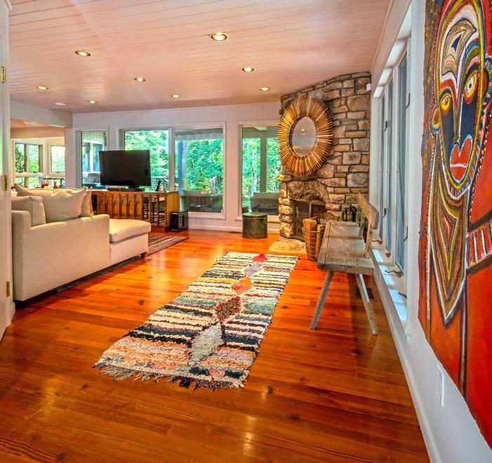 The family room. (Piatt Sotheby's)