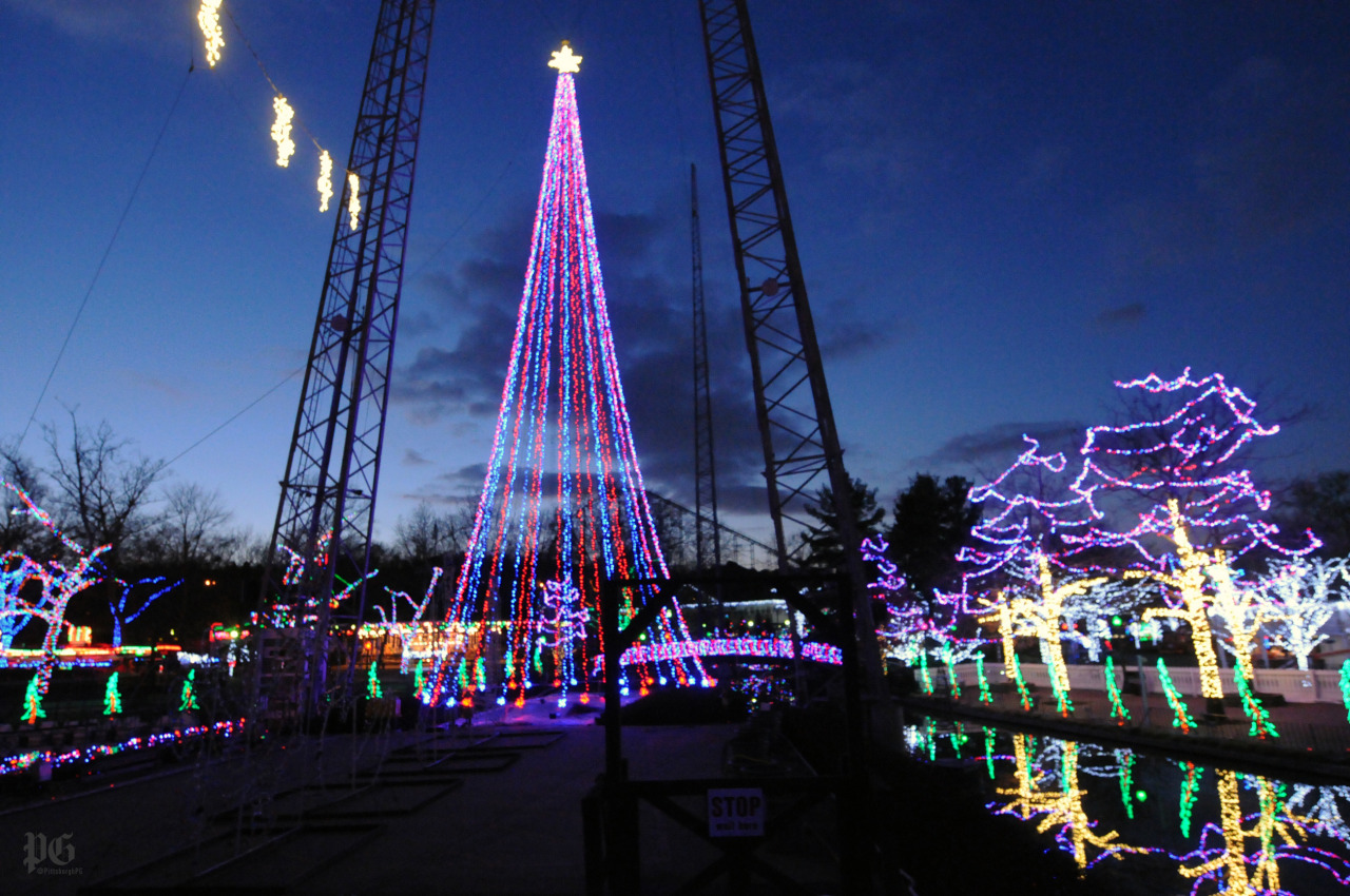 Kennywood Holiday Lights and Artsy Bike Racks – Pittsburgh: In Focus