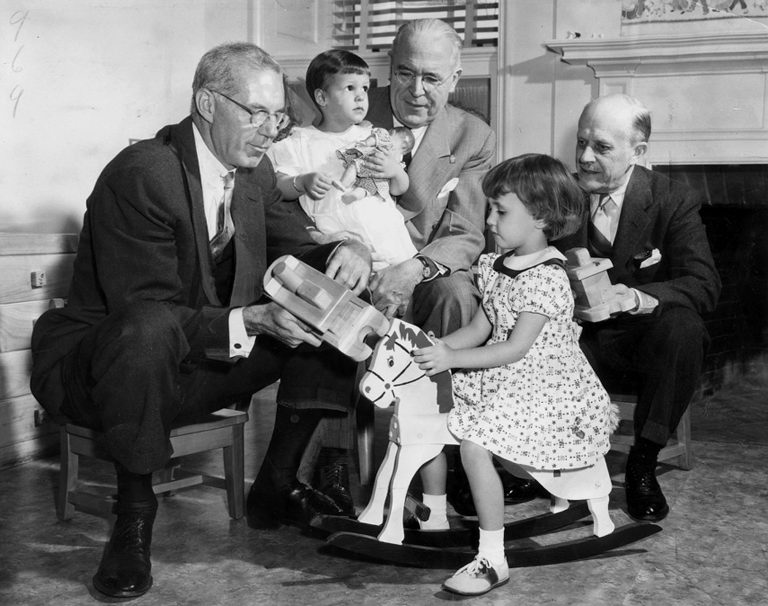 a short biography of dr benjamin spock Doctor benjamin mclane spock was a 20th century human pediatrician in 2371,  while the doctor was looking for a name, dr spock was one of the possible.