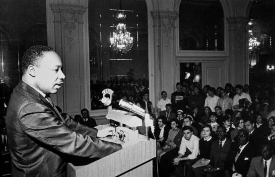 Martin Luther King speaks at Univ. of Pittsburgh, Nov. 1966 (photo by Ross Catanza)