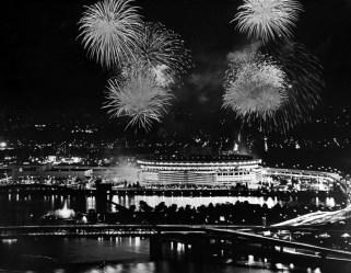 Fireworks over Three Rivers Stadium. (Bill Levis/Post-Gazette)