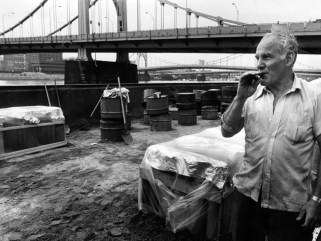 Lou Zambelli with a stogie in 1984. (Harry Coughanour/Post-Gazette)