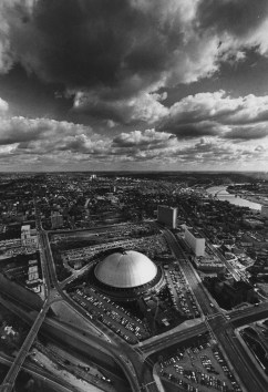 Aug. 9, 1972: View of Pittsburgh and the Hill District neighborhood, including the Civic Arena. (Stewart Love/The Pittsburgh Press)