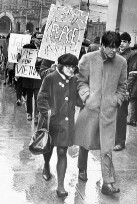 March 27, 1966: Peace pickets chant, sing folk songs at Pittsburgh.