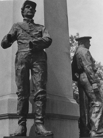 Aug. 9, 1979: A war memorial was defaced in Beaver when vandals knocked the hands off this statue in Ft. McIntosh Square. (Ray Thompson/Post-Gazette)