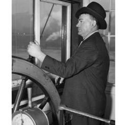 Zubik at the wheel in 1937. (Pittsburgh Press photo)