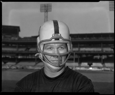 Sid Fournet came to Pittsburgh from Los Angeles in 1957. He also played for the Dallas Texans and the New York Titans and Jets. He died at age 78 in 2011.