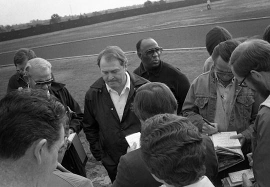 Steelers coach Chuck Knoll draws a crowd. (Albert M. Herrmann Jr./The Pittsburgh Press)