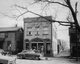 The First National Bank in West Middlesex. (The Pittsburgh Press)
