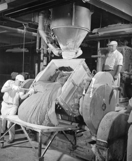 Chewing gum is mixed in half-ton batches in this machine. When this picture was taken, the company was producing 6,000,0000 sticks of gum per day and employed 400. Picture taken March 21, 1948. (Pittsburgh Press)