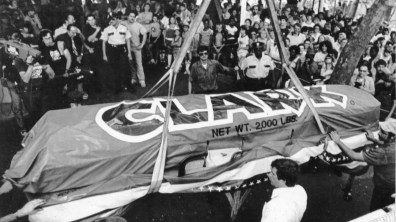 """Unofficially labeled the """"Largest Candy Bar in the World,"""" a 3,100 lb. Clark Bar is brought to Kennywood Park. The bar was an attempt to break a Guinness World Record. Picture taken Aug. 14, 1981. (Pittsburgh Press)"""