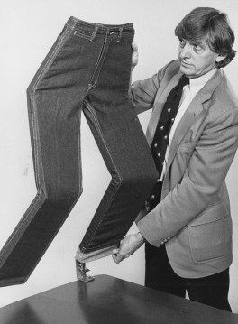 Malcolm Toy displays his invention, the Bottom Liner Pants Displayer, May 21, 1982. (Michael Chikiris/Pittsburgh Press)