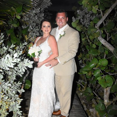 Jaimie Obertacz and Matthew Pavley Honeymoon: Ocho Rios, Jamaica at Couples Tower Isle